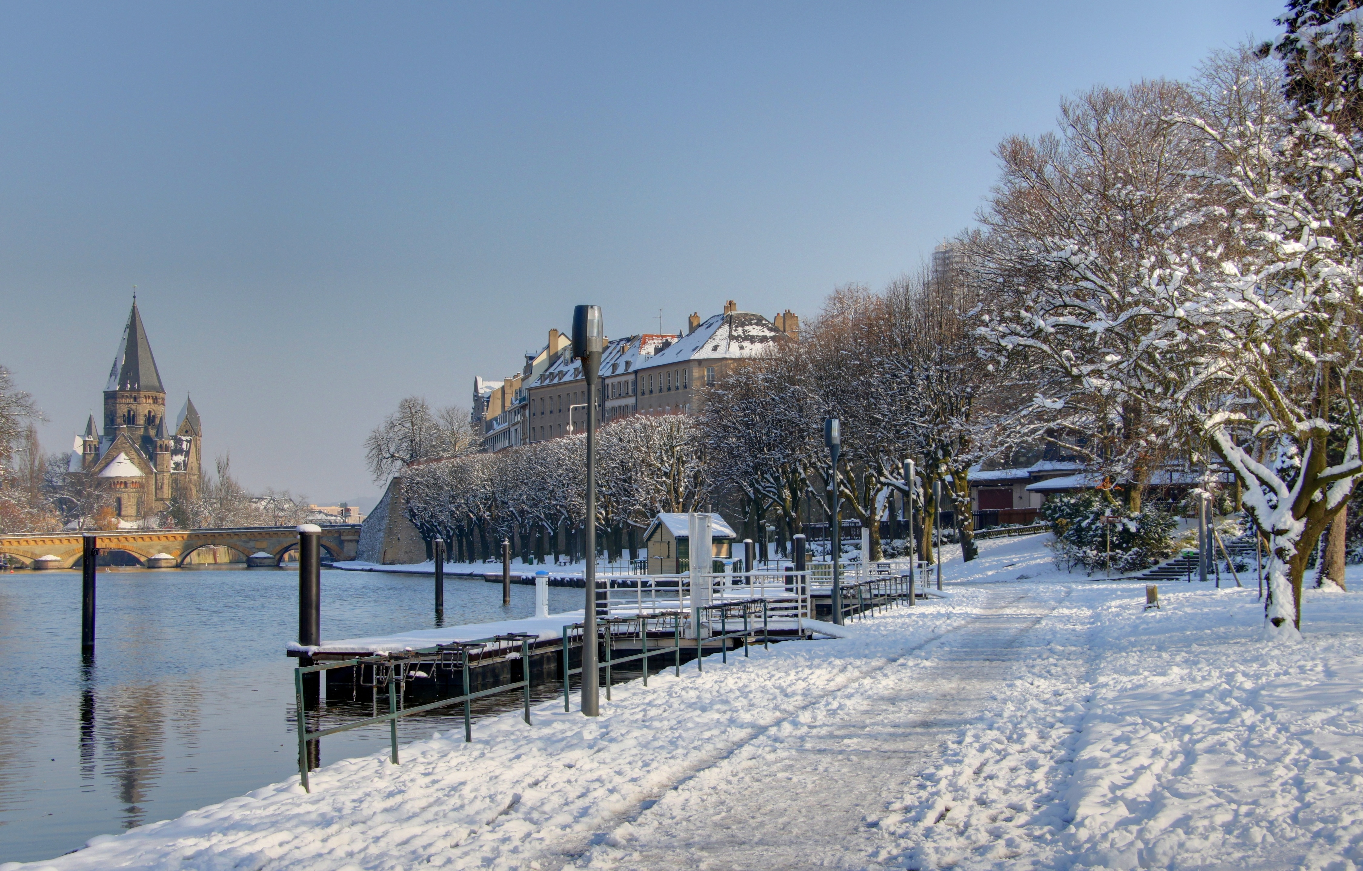 Berges_Moselle_hiver2.jpeg